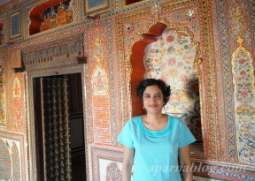 In a Haveli with gold frescoes, Mehansar.